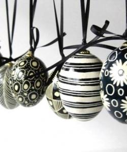 Black White Easter Eggsnsp 120